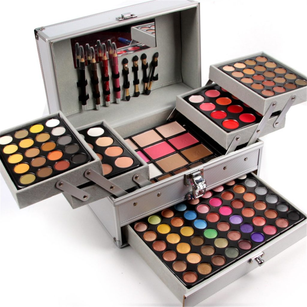 Pure Vie 132 Colors All in one Makeup Gift Set